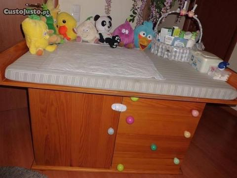Cómoda com fraldário XL para quarto criança