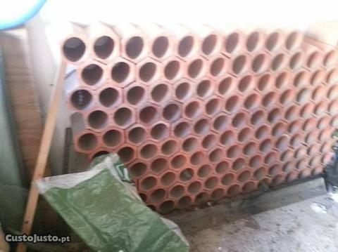 garrafeira/tijoleiras duplas em ceramica