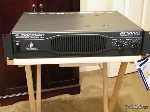 Amplificadores Behringer EP2000/EP4000 Europower