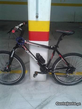 Bicicleta Quadro ' ASTRO' Roda 26' Cor Preta