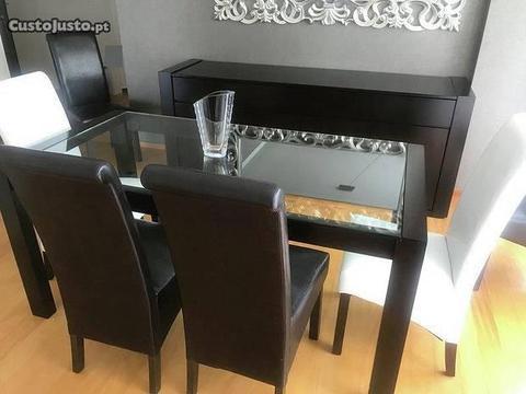 Mesa Sala Jantar e Cadeiras - como novas