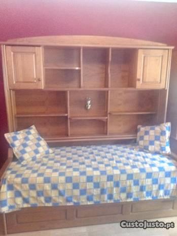 Quarto de criança - 2 camas e armário