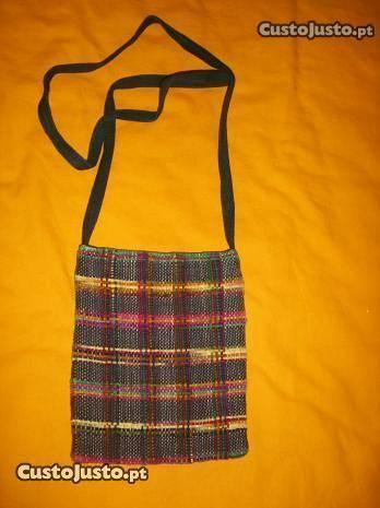Bolsas / carteiras em tecido