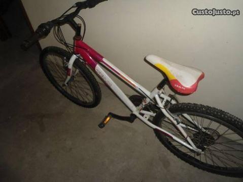 Bicicleta de senhora/menina
