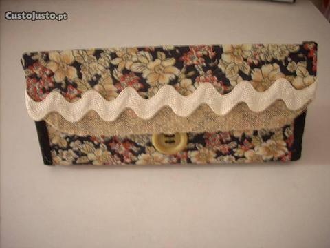 Bolsa artesanal em tecido - Nova