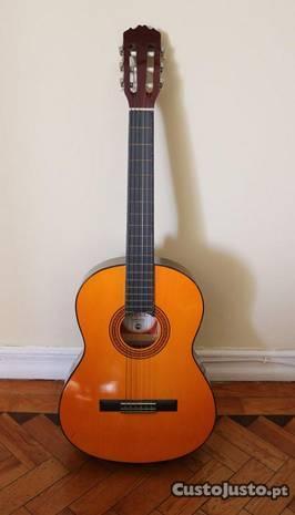 Guitarra Carmen (possibilidade assessórios)