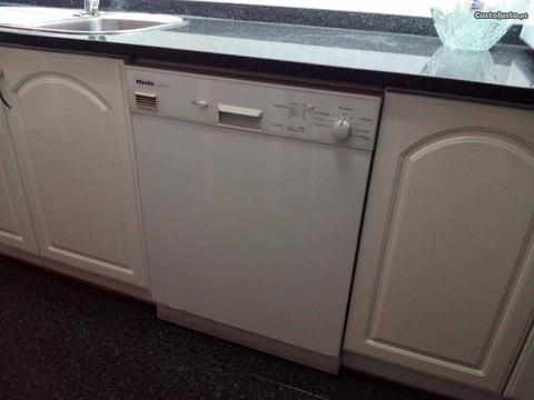Máquina lavar louça 240EUR